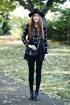 Willa's Cherry Bomb: Blogtober 15. // OOTD: Tartan + Leather Jacket