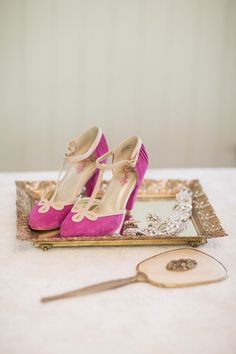 Pinke suede shoes | Photo by Retrospect Images