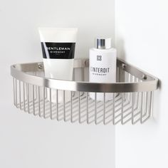 High-quality luxury bar basket, ideal for keeping your bottles neat and tidy!  Finished in Brushed Stainless Steel.