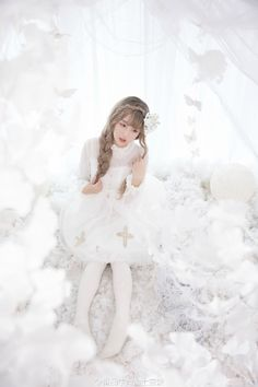 White Lolita Fashion