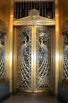 Million Dollar Doors. Louis Comfort Tiffany design. House of Peacock, Loop Retail Historic District, Chicago. photo: Bill Badzo.