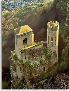 i love castles.......