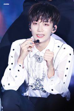 please do not edit。 Woozi, Wonwoo, Jeonghan Seventeen, Adore U, Korean Music, Seungkwan, K Idols, Jasmine, Kpop