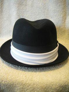 Vintage Dobbs Men s Derby Bowler Style Black Hat Original Fifth Ave Sz 7  875aec7df917