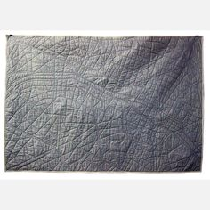 i must own this.. it's a paris quilt.. ahhhhhhhh!