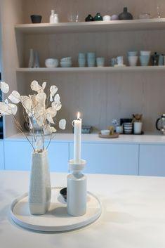 Kjøkkenet vårt – Villafunkis.no Decor, Furniture, Table, Home Decor, Table Decorations
