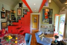 "Franco's ""Expressionist"" Room 