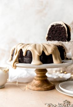 Chocolate Espresso Bundt Cake combines two of my most favorite things: chocolate and coffee! A rich chocolate cake batt. Köstliche Desserts, Christmas Desserts, Delicious Desserts, Dessert Recipes, Plated Desserts, Fruit Recipes, Christmas Baking, Bundt Cake Pan, Bundt Cakes