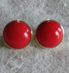 Red Round Plastic Clip On Earrings by VintageVarietyFinds on Etsy