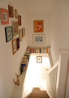 24 ideas for storing books in small spaces. #2: Take advantage of an unused ledge!
