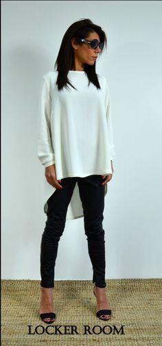 Loose linen tunic / White Loose Shirt /Long sleeves tunic by ClothesByLockerRoom on Etsy https://www.etsy.com/uk/listing/257195694/loose-linen-tunic-white-loose-shirt-long