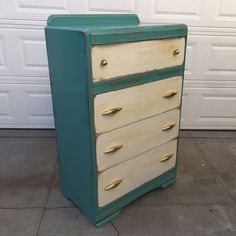 """Gorgeous vintage shabby chic dresser $195. Dimensions: W33 x H52 x D19"""" Local San Diego Affordable Furniture. Email mondaymarqt@gmail.com To Purchase. Curbside delivery is $20 anywhere in the local SD area. . . #Sandiego #furniture #furnituredesign #sandiegofurniture #sandiegoliving #northpark #southpark #ilovesd #lajolla #delmar #dtsd #homedecor #interiordesign #decor #upcycle #refurbish #vintagefurniture #antique #boho #airbnb #beachlife #carmelvalley #momdaymart #lajollalocals…"""