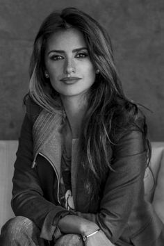 penelope cruz images, image search, & inspiration to browse every day. Salma Hayek Penelope Cruz, Penelope Cruz Makeup, Penelope Cruze, Spanish Actress, Celebs, Celebrities, Famous Faces, Hollywood Actresses, Belle Photo