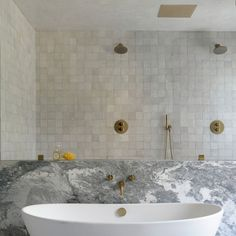 Home Interior Salas .Home Interior Salas White Bathroom, Master Bathroom, Paris Bathroom, Bathroom Marble, Bathroom Spa, Cheap Bathrooms, Tile Bathrooms, Modern Bathrooms, Amber Interiors