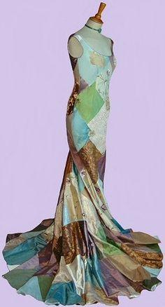 Rossetti: Pre-Raphaelite/ Art Nouveau Wedding Dress