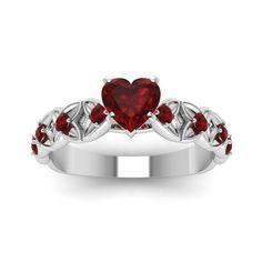 Cute Jewelry, Jewelry Rings, Jewelery, Jewelry Accessories, Jewellery Stand, Red Jewelry, Vintage Jewellery, Gold Jewellery, Antique Jewelry