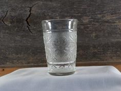 Anchor Hocking 5 oz Juice Glass Sandwich Glass by TheBluePig