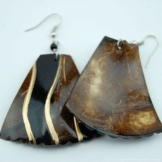 Maasai Market African Ethnic Handmade Coconut Shell Dangle Earrings 742-49