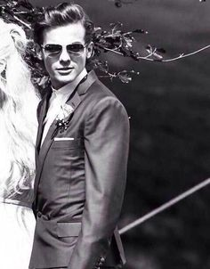 Louis' hair was so on point at the wedding