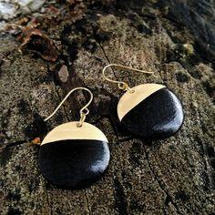 Ceramic circle black/gold earrigs