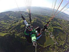 The #selfie is in the air! Volando en #parapente con la #Drift Ghost-S! #LiveOutsideTheBox.