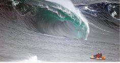 """""""Esto no es ni #jaws,ni #mavericks, es A TREMOSA!!!,Costa Da Morte (Death Coast) #galicia #bigwaves #surf"""""""