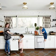 Modern, Family-Friendly Kitchen