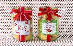 Cookie Jars- make great Christmas gifts! Cookie Exchange Packaging, Jar Packaging, Cookie Exchange Party, Christmas Cookie Exchange, Christmas Cookies, Christmas Desserts, Christmas Gift For You, Homemade Christmas Gifts, Homemade Gifts