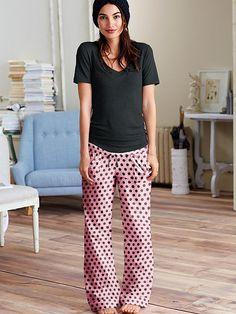 The Mayfair Tee-jama - Victoria's Secret - Black/Pint Dots (Regular Length - Size Small)