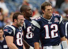 Tom Brady and Wes Welker Benjamin Watson Baltimore Ravens v New England Patriots 2009