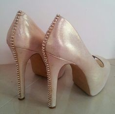 Add bling bling to your pumps....