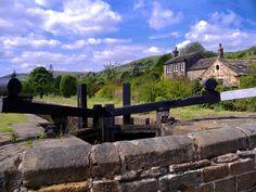 Clark Priestley - Huddersfield Narrow Canal. For more Huddersfield content visit http://imfromyorkshire.com/huddersfield