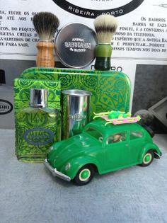 Branded Products Antiga Barbearia de Bairro.  http://www.rotadasregioes.pt/index.php/marcas-brands/antiga-barbearia-do-bairro.html