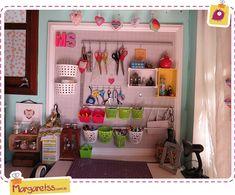 http://www.margaretss.com.br/meu-peg-board-cantinho-da-cartonagem/