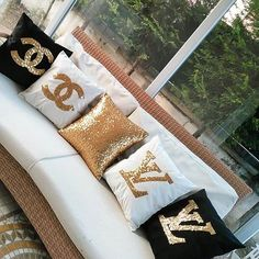 Pillow Covers Set Of 2 Gold Sequins & Black Velvet, Glitter Decorative Cushion Cover, Throw Pillowcases Home Decor Gift For Best Friend Decorative Cushions, Decorative Pillow Covers, Diy Pillows, Throw Pillows, Chanel Decor, Chanel Room, Living Room Decor, Bedroom Decor, Bedroom Ideas