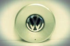 Tapacubos/centro de rin para Volkswagen GOL, PARATI 4P y SAVEIRO 2006 en adelante. http://articulo.mercadolibre.com.ve/MLV-418122070-5w0601149-grb-tapacubos-original-vw-gol-parati-saveiro-_JM
