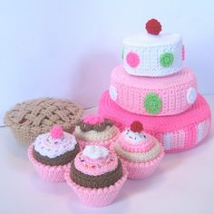 Play Food Crochet Pattern - Just Desserts, #cake & #cupcakes #amigurumi
