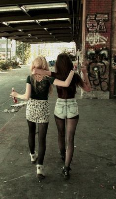 kimberley | via Tumblr #bestfriends #cute #grunge #hipster #photography #shorts #tights
