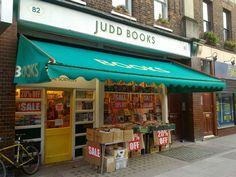 Judd Books | © Bob Walker / Flickr