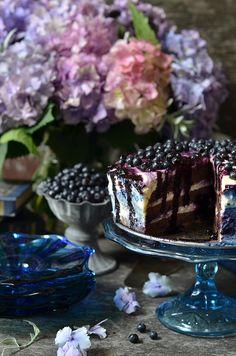 czekoladowe ciasto zkremem ijagodami Acai Bowl, Cheesecake, Pudding, Breakfast, Fruit Cakes, Recipes, Cookie, Acai Berry Bowl, Morning Coffee