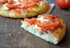 Pizza alta e soffice