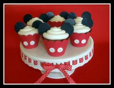 Mickey Mouse Cupcakes & Cookie Giveaway on my Blog!    http://thepartiologist.blogspot.com/2012/01/mickey-mouse-treats.html