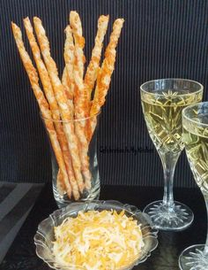 45 Ideas For Cheese Straws Twists Frozen Puff Pastry, Puff Pastry Sheets, Cup Of Cheese, Best Cheese, Cheese Straws, Cheese Appetizers, Apple Desserts, Apple Recipes, Cheese Potato Casserole