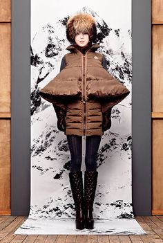 Moncler offers you a fine collection of clothing, down jackets and accessories for men, women and kids. Puffy Vest, Its Cold Outside, Winter Months, Moncler, Goth, Fall Winter, Seasons, Kids, How To Wear