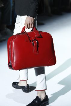 Gucci Men's Spring Summer 2012 Collection.   I know this is for men....but I want that bag