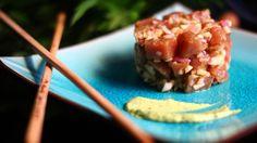 Tartar de atún a la mostaza verde, si os gusta el atún, os recomiendo que probéis esta receta porque tiene un contraste muy especial. | Recuerda que si quieres guardar la receta simplemente compártelay se guardará en tu muro para cocinarla cuando quieras :)