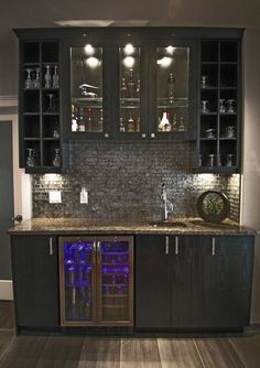 Home Wet Bar Design w/ glass backsplash.not the style/colors so much as the design of the actual space Bar Interior, Gothic Interior, Interior Design, Room Interior, Modern Interior, Wet Bar Basement, Basement Bar Designs, Rustic Basement, Modern Basement