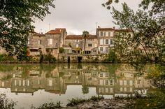 """Les maisons """"Les pieds dans l'eau"""" Saint-Savinien-sur-Charente"""