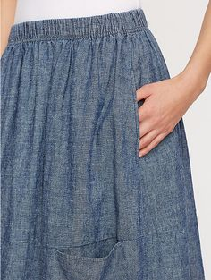 Calf-Length Oval Skirt in Hemp and Organic Cotton Chambray - top-stitched pocket opening.