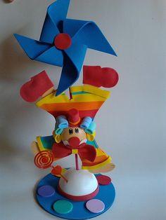 Salted Caramel Pretzel Bark Mama Say What? Pretzel Bark, Clown Party, Birthday Candles, Caramel, Candy, Creative, Fudge, Chloe, Clown Crafts